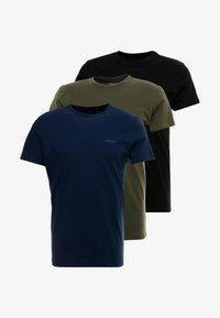Diesel - UMTEE-JAKE 3 PACK - Pyjama top - schwarz/blau/grün - 5