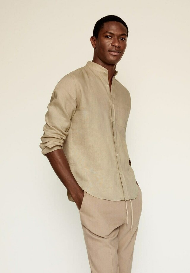SLIM FIT  - Shirt - open beige
