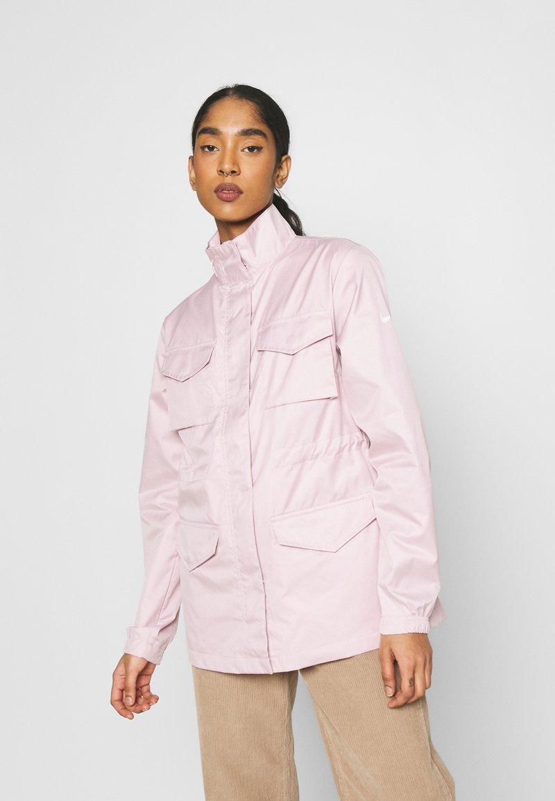 Nike Sportswear - Summer jacket - champagne