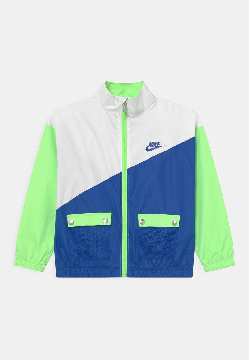 Nike Sportswear - PACKABLE WIND  - Training jacket - lime glow