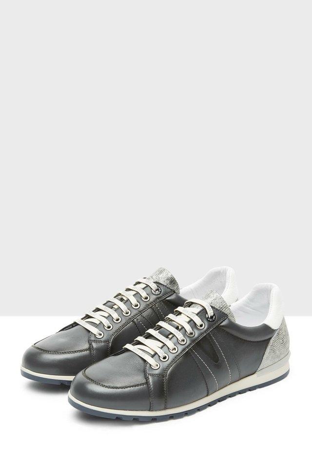 ANZANO - Sneakers laag - dark grey
