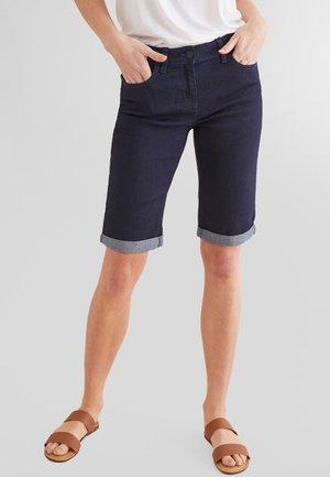 KNEE SHORTS - Shorts - dark blue