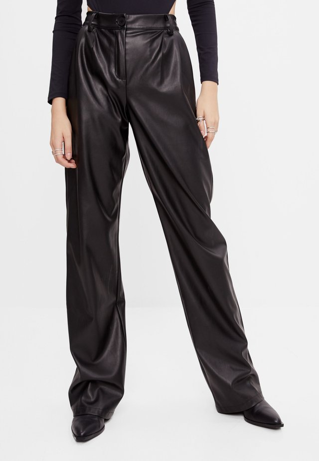 MIT WEITEM BEIN - Pantalon classique - black