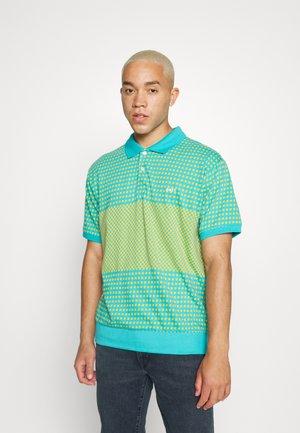 TOKEN - Polo shirt - aqua/multicoloured