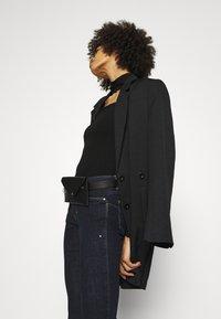 Guess - Jeans Skinny Fit - raw denim - 3