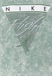 Jordan - Sweatshirt - steam/ghost green - 2