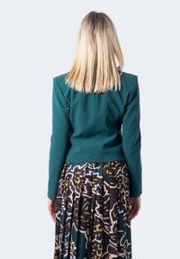 Patrizia Pepe - Blazer - green - 2