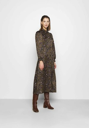VMSANDRA LILLIAN SHIRT DRESS  - Skjortekjole - beech/sandra