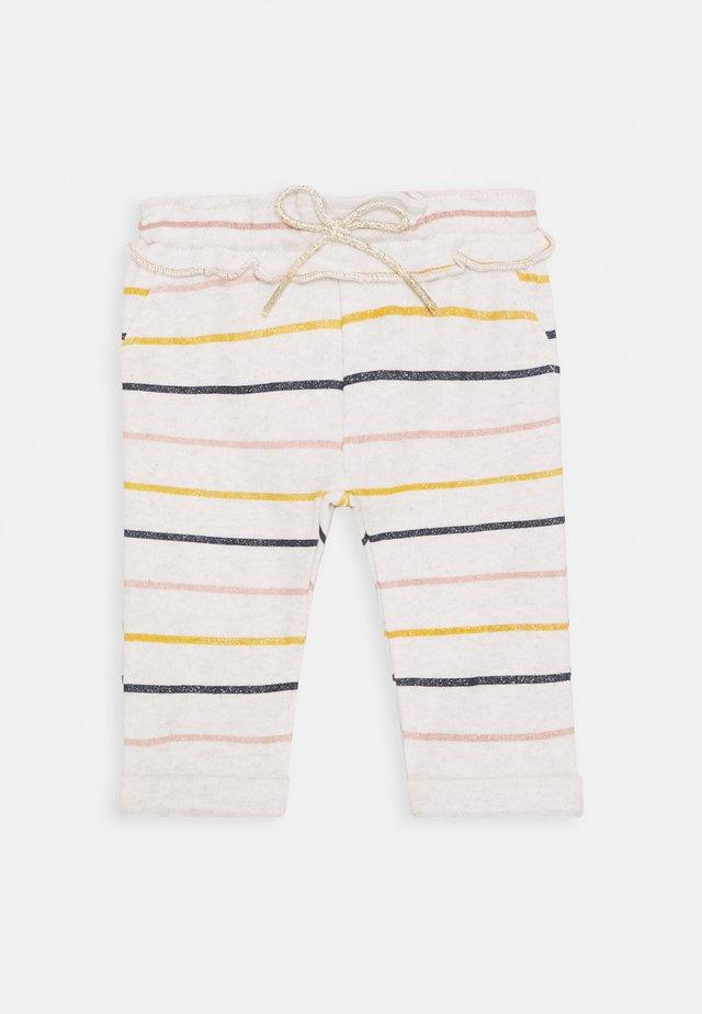 REGULAR FIT PANTS ORANIA - Trousers - oatmeal