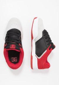 DC Shoes - CENTRAL - Obuwie deskorolkowe - black/red/grey - 1