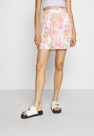 FARAH - Shorts - white/pink/green