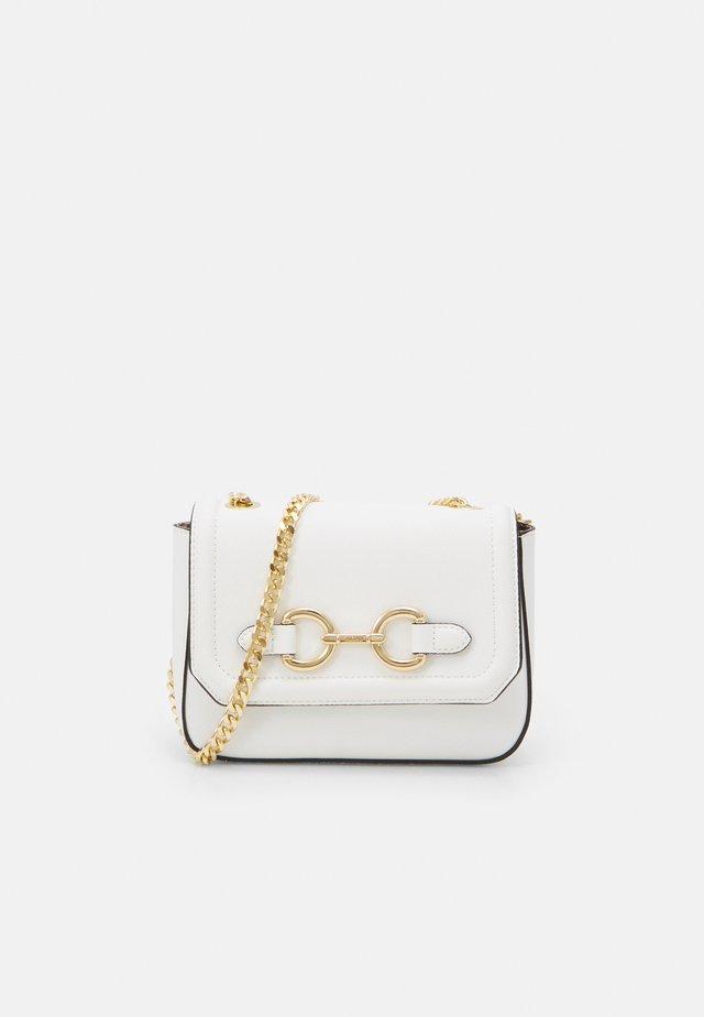 FLOJO - Across body bag - bright white