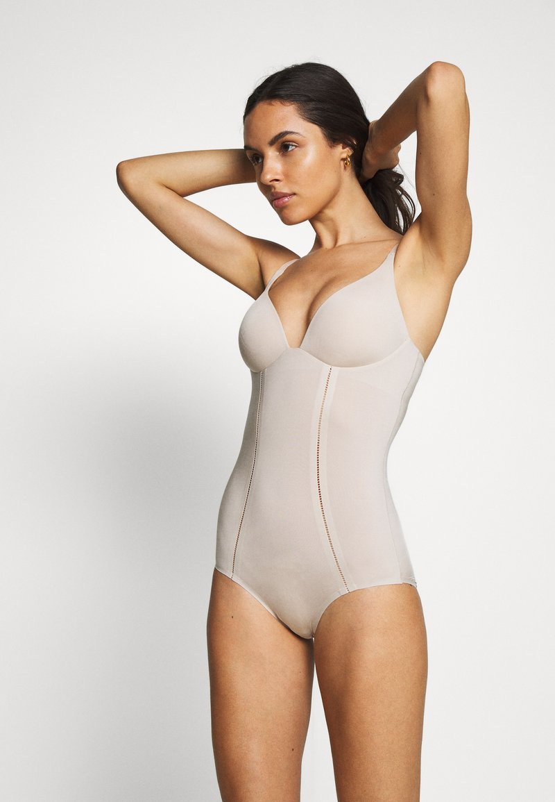 Marks & Spencer London - Body - almond