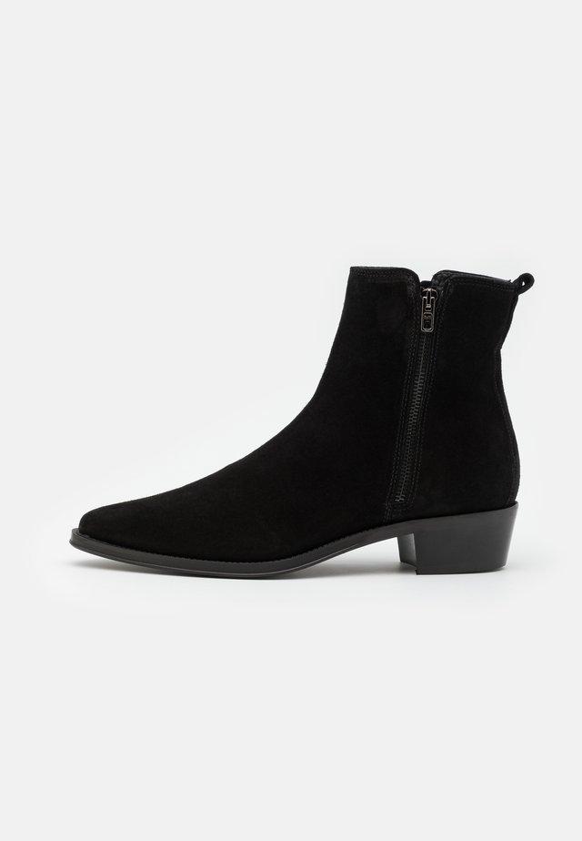 NALENIA - Korte laarzen - black