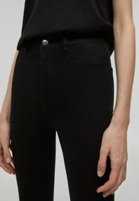 PULL&BEAR - Jeansy Skinny Fit - black - 3