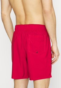 Hollister Co. - SOLID GUARD - Plavky - red - 2