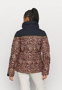 DC Shoes - DIVA JACKET - Snowboard jacket - leopard_fade - 3