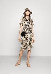 Vero Moda - VMHAILEY DRESS - Shirt dress - hailey - 1