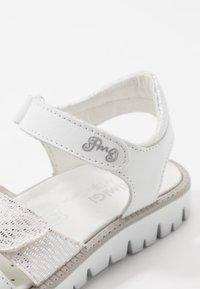 Primigi - Sandales - bianco - 2
