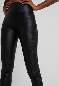 Spanx - QUILTED - Leggings - very black - 3