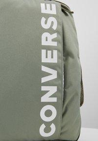 Converse - SPEED BACKPACK - Reppu - jade stone/field surplus/vivid - 7