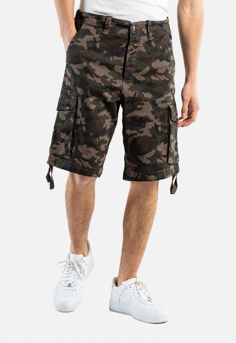 Reell - NEW CARGO SHORT - Shorts - camo