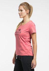 Haglöfs - MIRTH TEE - Print T-shirt - rusty pink/maroon red - 2