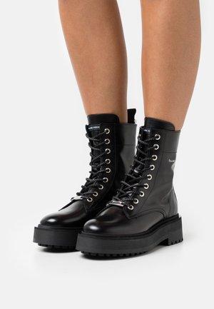JENN BOOT  - Kotníkové boty na platformě - all black