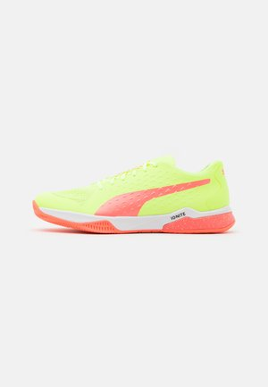 EXPLODE 1 - Handball shoes - nrgy peach/fizzy yellow