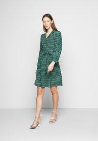WEEKEND MaxMara - VERBAS - Denní šaty - dark green - 1