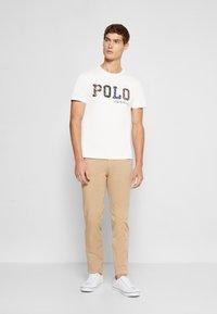 Polo Ralph Lauren - SHORT SLEEVE - Print T-shirt - deckwash white - 1