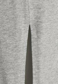 Even&Odd - BASIC - Midi skirt with slit - Pouzdrová sukně - mottled grey - 2
