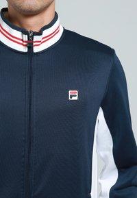 Fila - OLE FUNCTIONAL - Sportovní bunda - peacot blue - 4