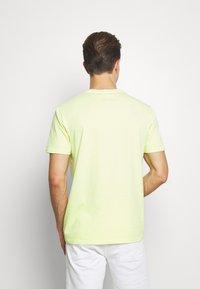 GAP - LOGO - Print T-shirt - wild lime - 2