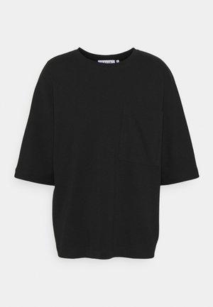 OVERSIZED POCKET - Jednoduché triko - black