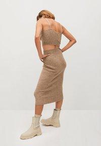 Mango - TALDORA - Pencil skirt - marron moyen - 2