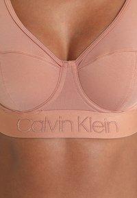 Calvin Klein Underwear - LINED BRALETTE - Triangel-BH - beige - 5