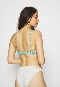 ARKET - Bikini top - green - 2