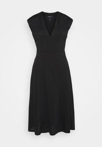 V NECK DRESS - Trikoomekko - black