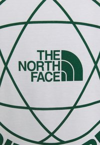 The North Face - DOUBLE SLEEVE GRAPHIC TEE - Long sleeved top - white/evergreen - 2