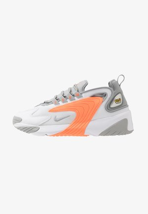 ZOOM  - Baskets basses - white/grey/orange