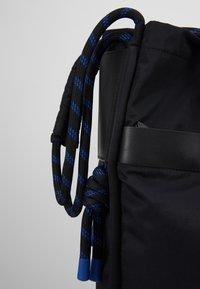 Sandqvist - ASTRID - Tote bag - black - 5