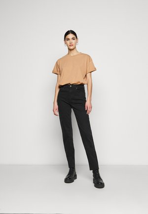 LIMEDROP SHOULDER OVERSIZED 2 PACK - Basic T-shirt - black/camel
