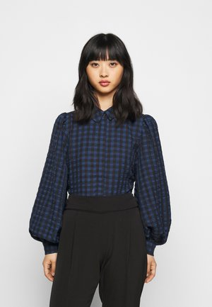 PCLUNNA SHIRT - Button-down blouse - black/navy