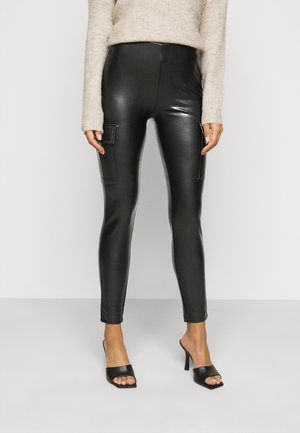 ONLMIRI CARGO LEGGING - Leggings - Trousers - black