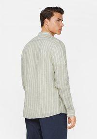 WE Fashion - Shirt - light green - 2