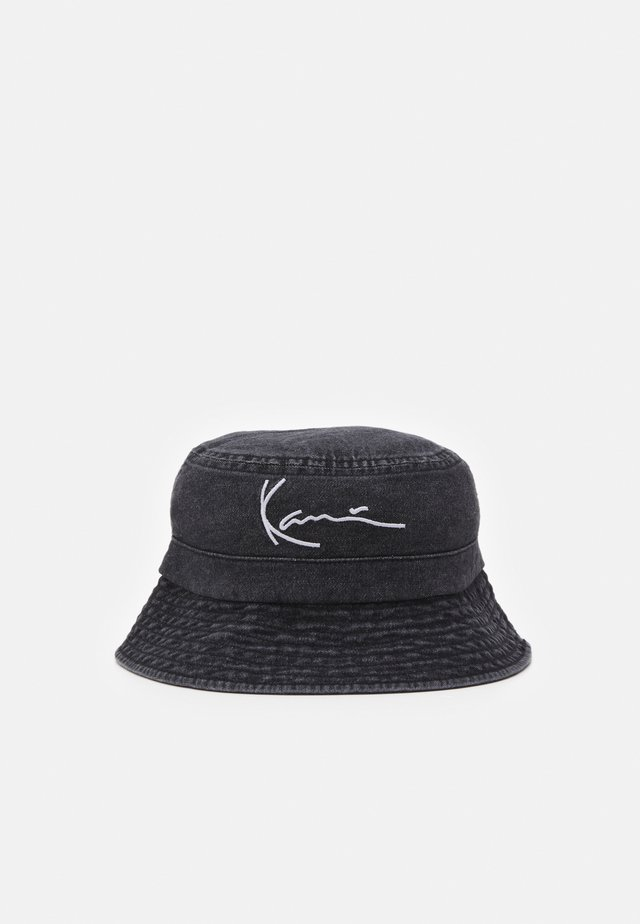 SIGNATURE BUCKET HAT UNISEX - Hattu - black