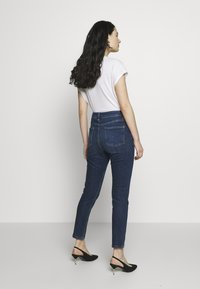 Dorothy Perkins - MOM - Relaxed fit jeans - indigo - 0