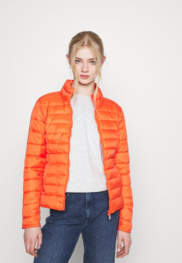 ONLNEWTAHOE QUILTED JACKET - Light jacket - koi