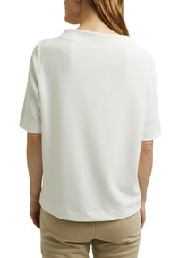 Esprit - FASHION  - Basic T-shirt - off white - 4